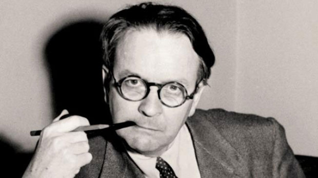 Raymond Chandler Photo