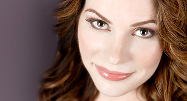 Stephenie Meyer Biography Books And Facts